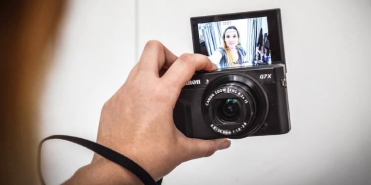 Kamera pocket terbaik atau kamera ringan terbaik dan kamera berukuran kecil terbaik by teknodaim