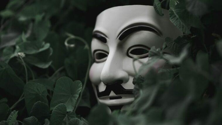 Perbedaan hacker dan cracker by teknodaim
