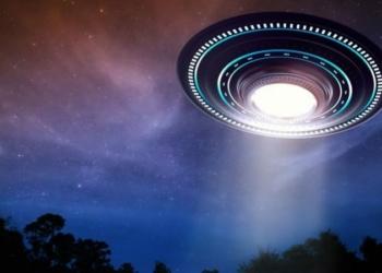 Ufo dikendalikan penjelajah waktu by teknodaim