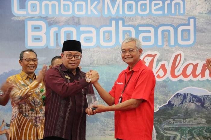 Fiber optic di lombok by teknodaim