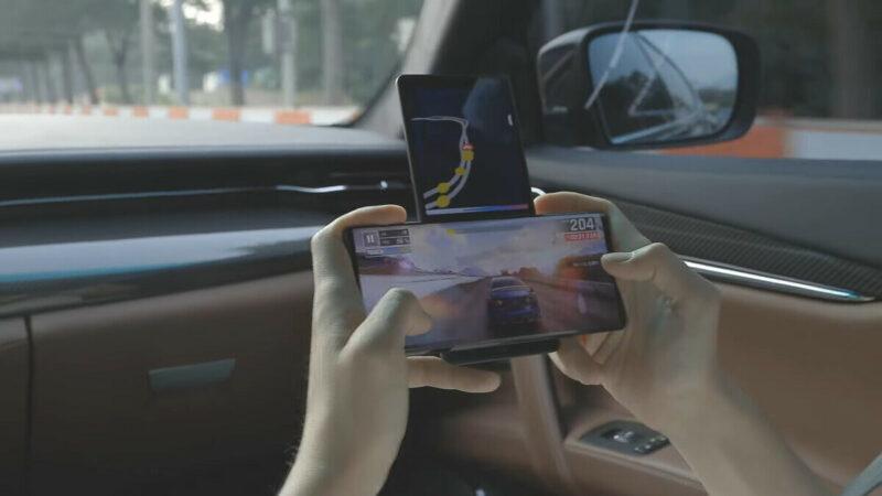 Smartphone Ini Dapat Melakukan Multitasking